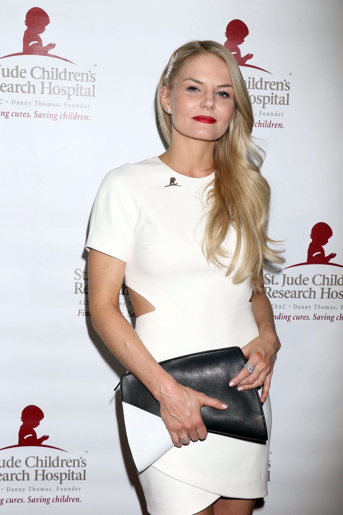 JENNIFER MORRISON at St. Jude Against All Odds Celebrity Poker Tournament in Las Vegas 11/07/2015