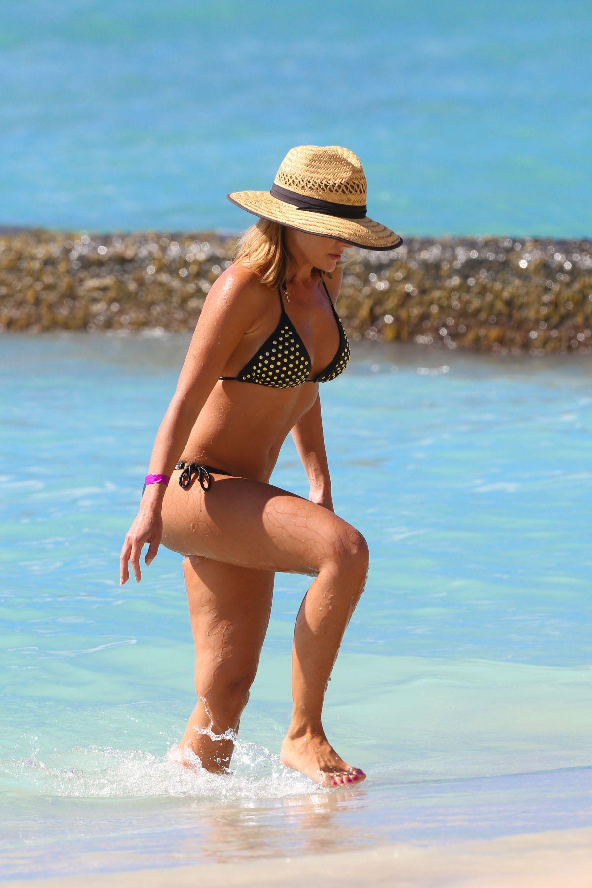 Bikini julie benz 39 Hottest