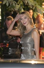 KARLIE KLOSS at 2015 British Fashion Awards in London 11/23/2015