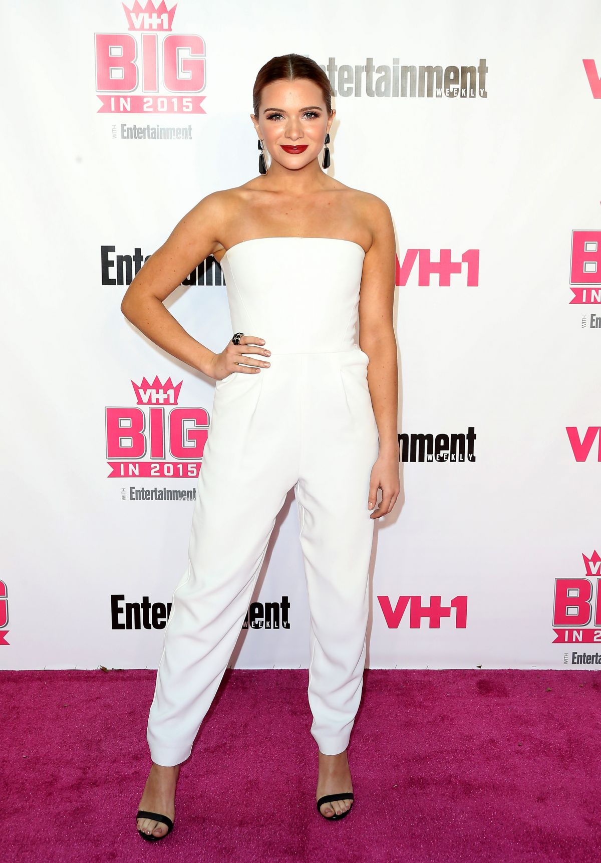 KATIE STEVENSat VH1 Big in 2015 With Entertainment Weekly Awards in West Hollywood 11/15/2015