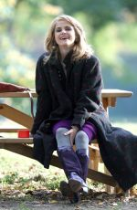 KERI RUSSELL on the Set of The Americans in Queens 11/07/2015