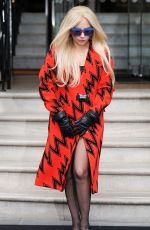 LADY GAGA Out and About in London 25/11/2015