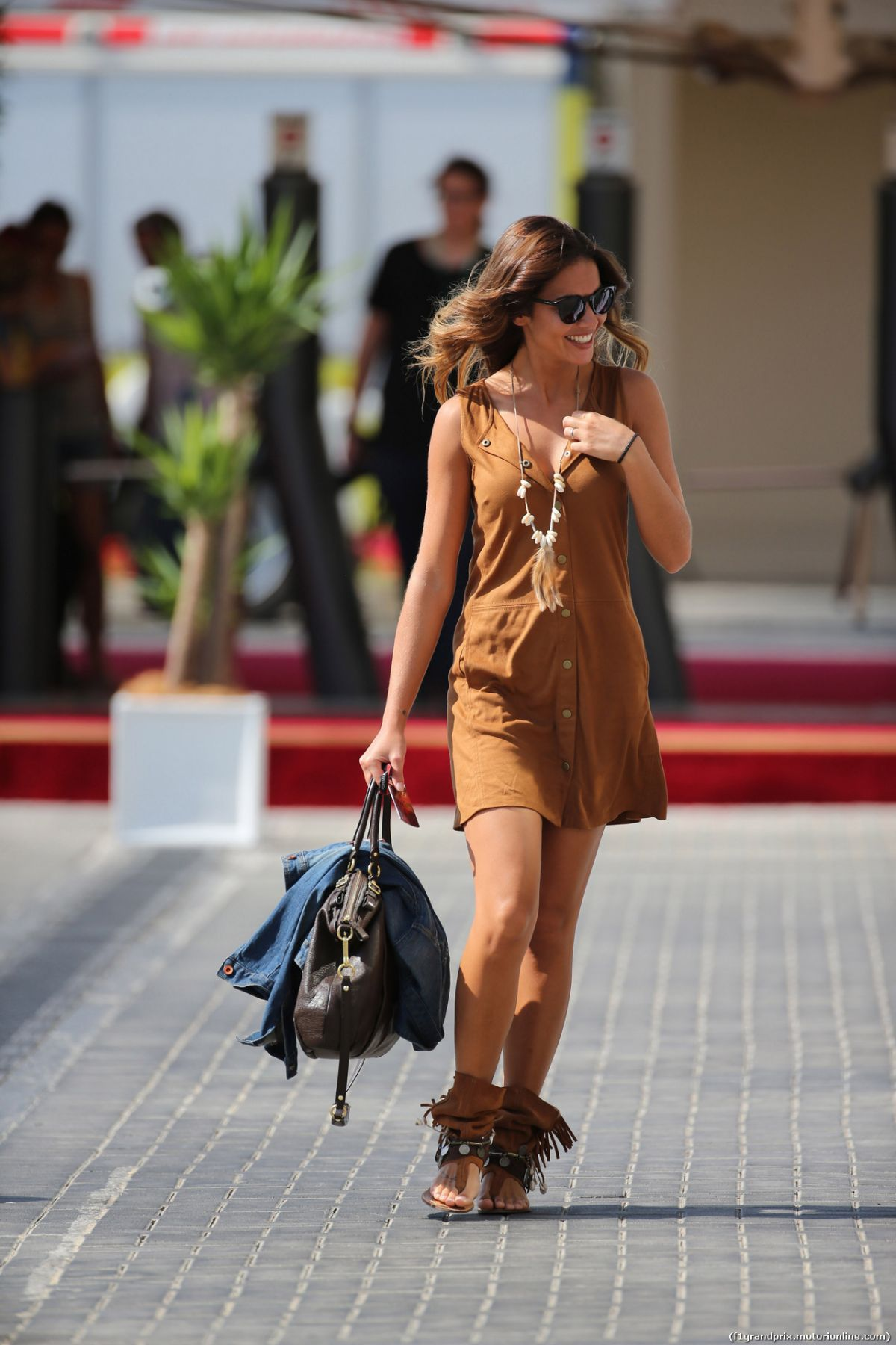 Abu Dhabi Grand Prix >> LARA ALVAREZ at F! Abu Dhabi Grand Prix 2015 at Yas Marina ...