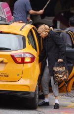 LEA SEYDOUX and Andre Meyer Kiss in a Taxi in West Village 11/06/2015