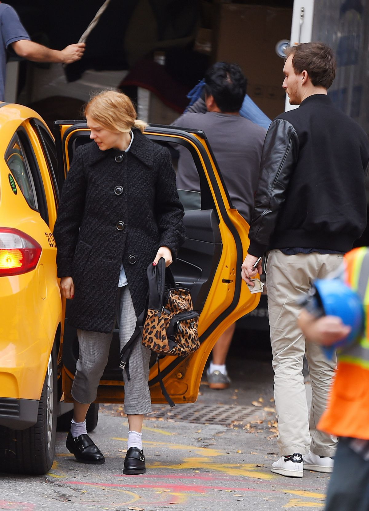 Lea Seydoux And Andre Meyer Kiss In A Taxi In West Village