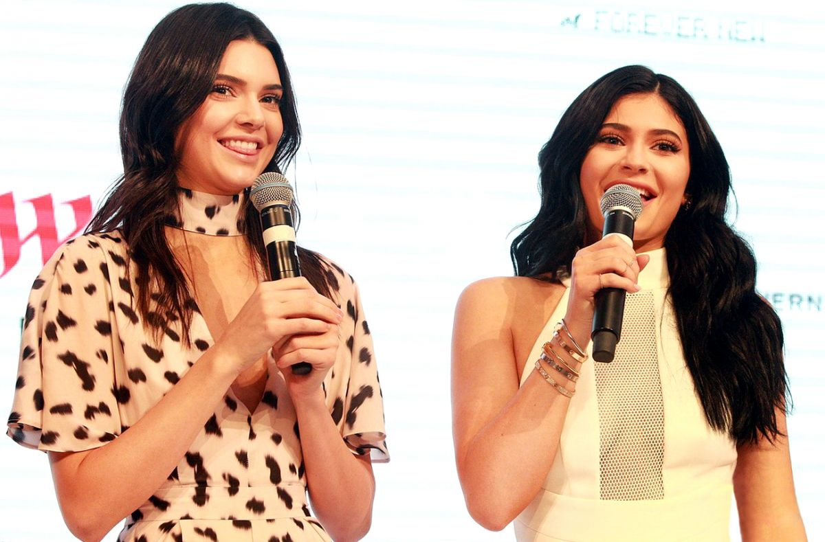 LENDALL and KYLIE JENNER Promotes Their Clothing Line at Westfield Parramatta in Sydney 11/17/2015