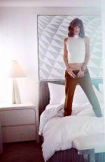 LIZZY CAPLAN in Malibu Magazine, November/December 2015 Issue