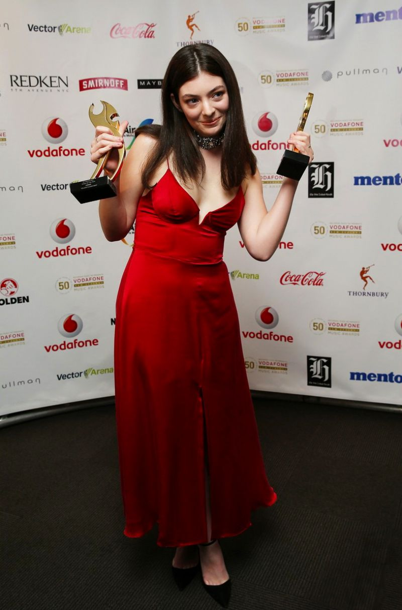 LORDE at 2015 Vodafone New Zealand Music Awards @ in Auckland 11/19/2015