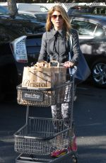 LORI LOUGHLIN Shopping at Bristol Farms in Beverly Hills 11/27/2015