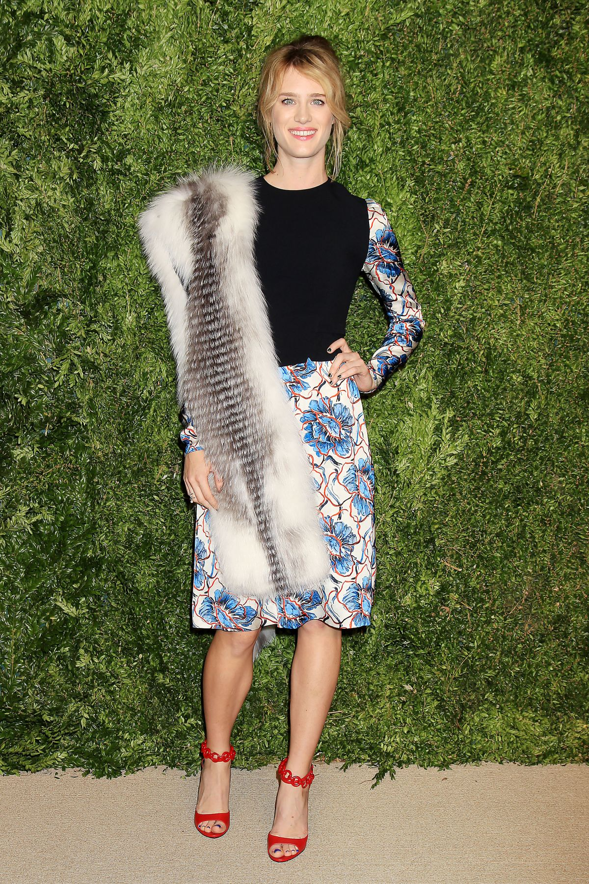 MACKENZIE DAVIS at 12th Annual CFDA/Vogue Fashion Fund Awards in New York 11/02/2015
