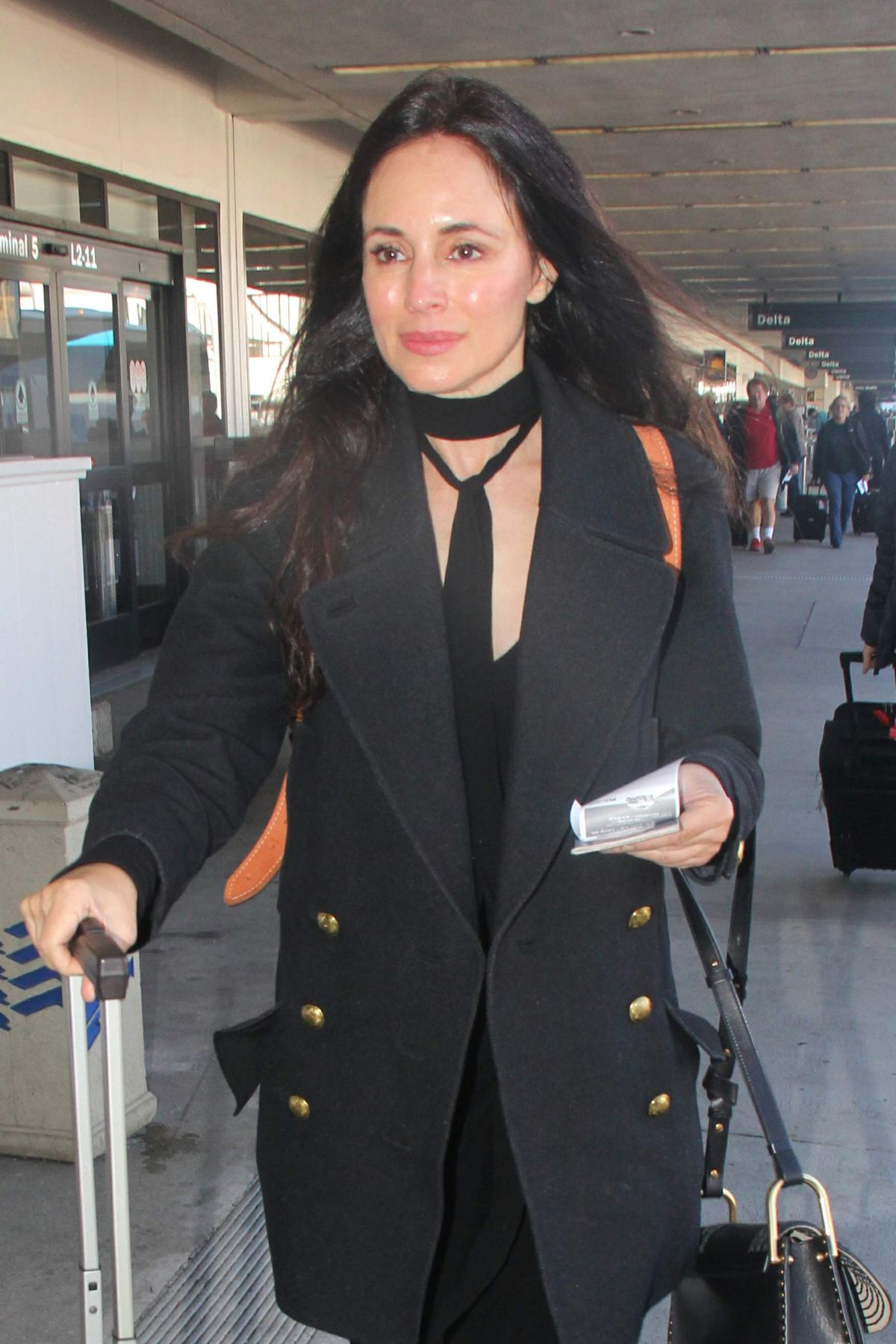 MADELEINE STOWE at Los Angeles International Airport 11/12/2015