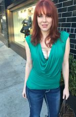 MAITLAND WARD Out Shopping in Los Angeles 11/17/2015