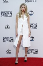 MEREDITH MICKELSON at 2015 American Music Awards in Los Angeles 11/22/2015