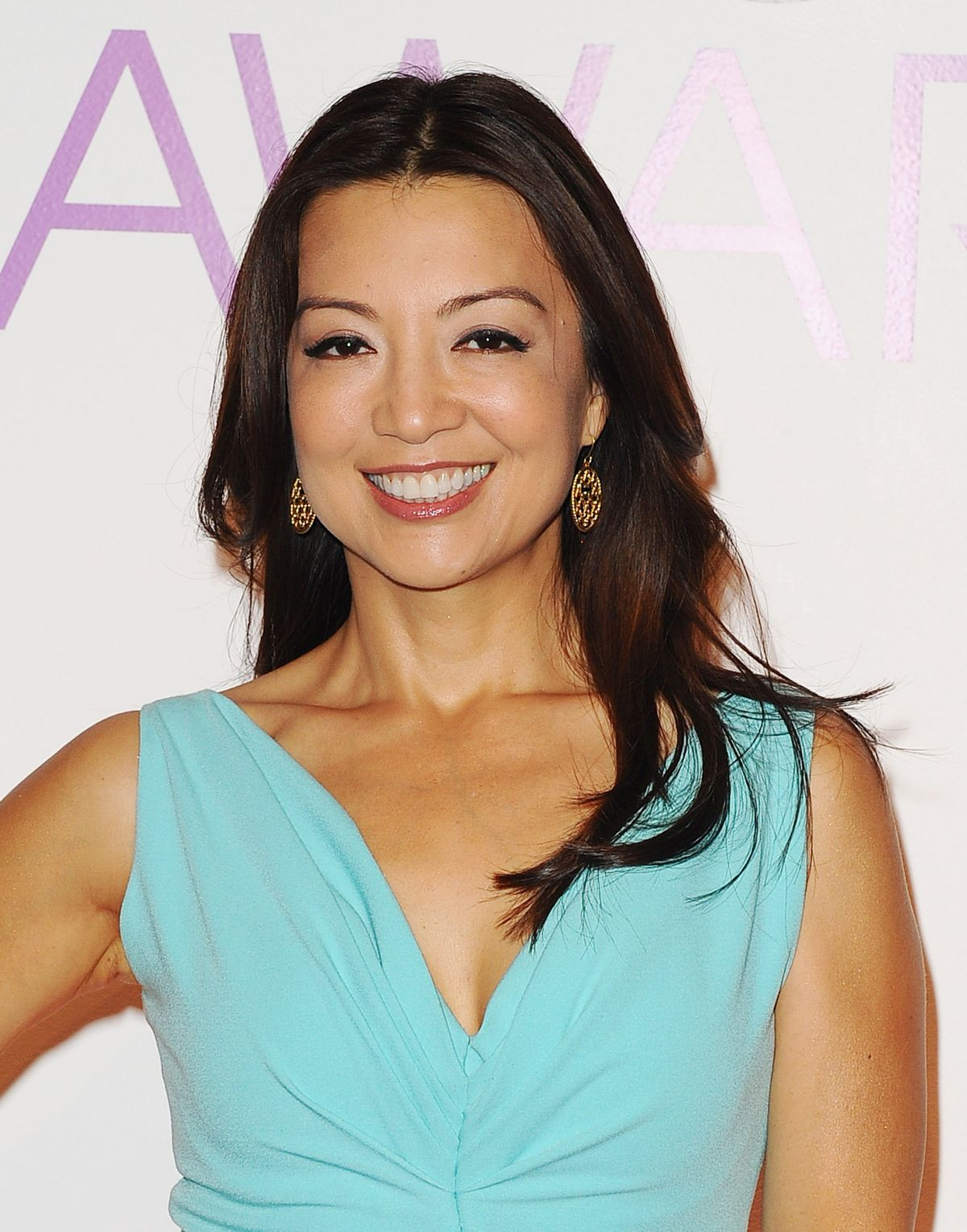MING-NA WEN at People's Choice Awards 2016 Nominations in ...