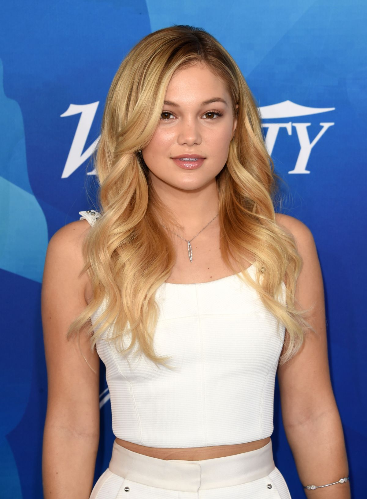 Fotos De Olivia Holt olivia holt at wwd and variety's stylemakers event in culver