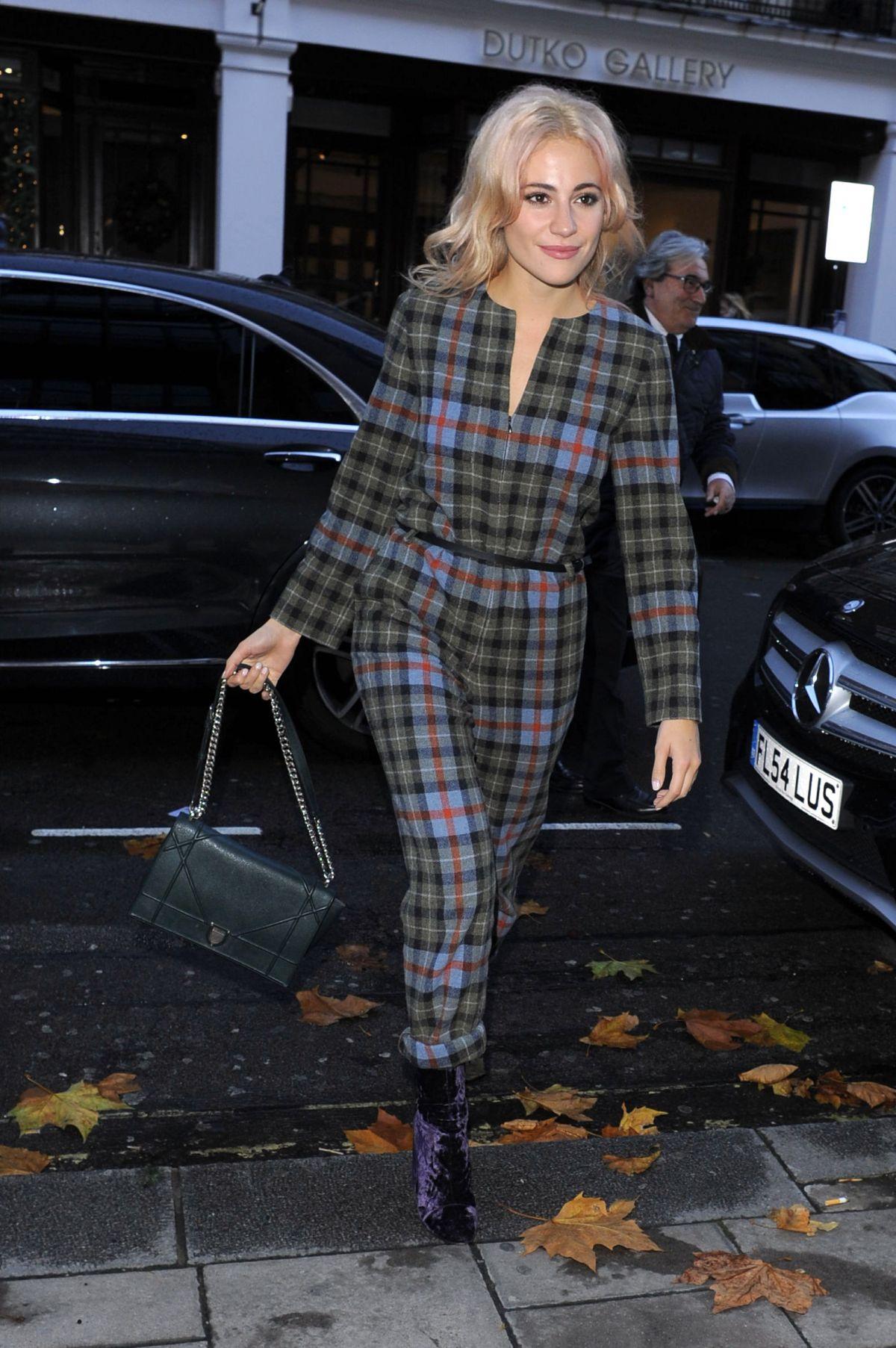 PIXIE LOTT Leaving C Restaurant in London 11/13/2015