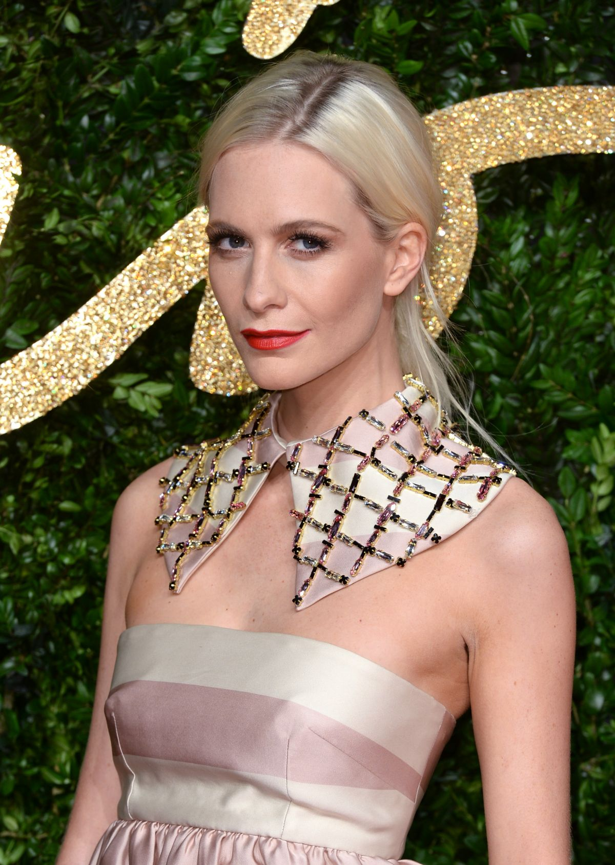 POPPY DELEVINGNE at 2015 British Fashion Awards in London 11/23/2015