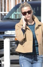 REESE WITHERSPOON Out and About in Brentwood 11/16/2015
