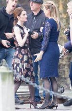 RENeE ZELLWEGER on the Set of Bridget Jones