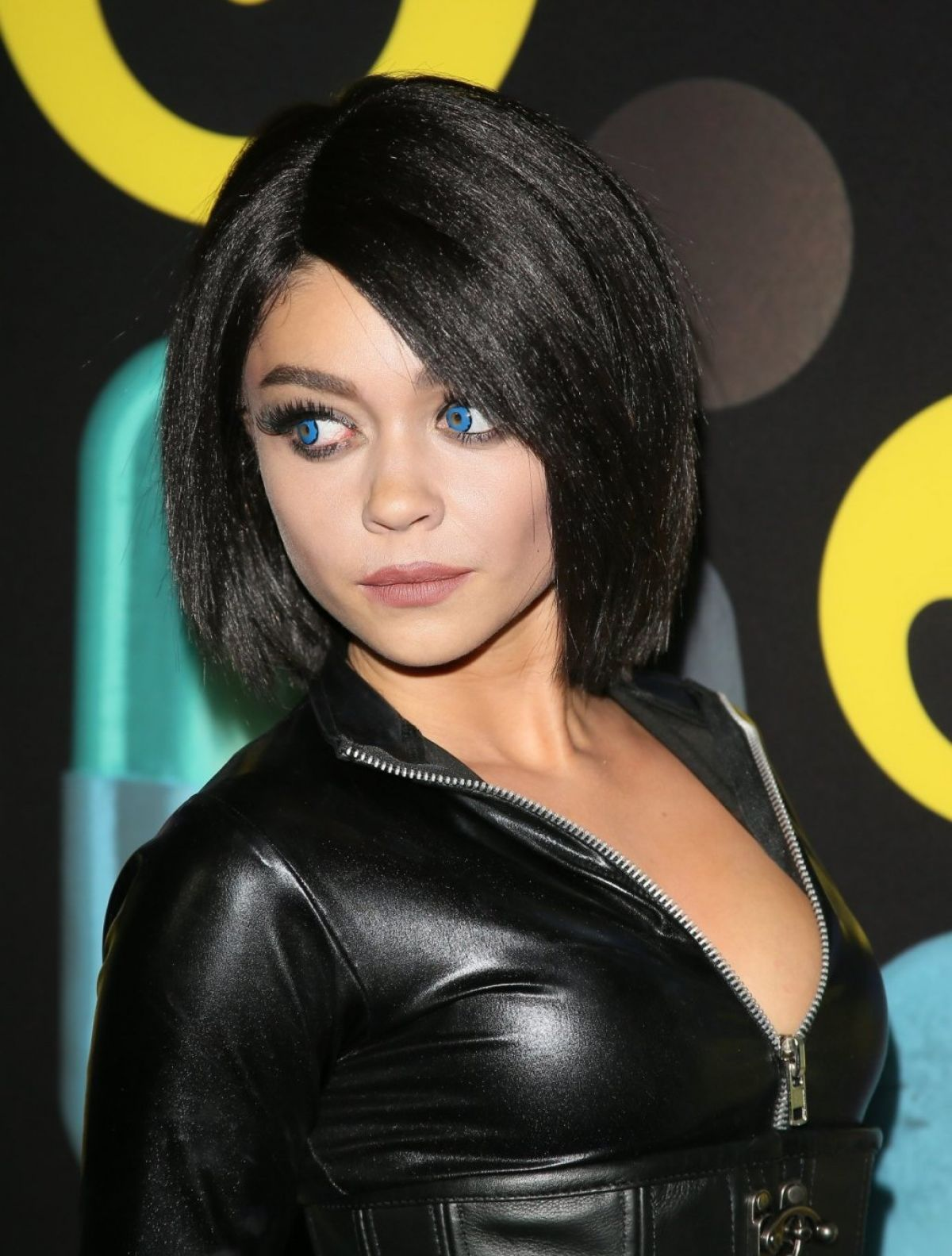sarah hyland at just jared halloween party in hollywood 10312015 - Halloween Parties In Hollywood