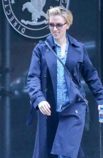 SCARLETT JOHANSSON Leavs an Office Building in New York 11/13/2015