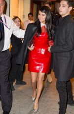 SELENA GOME Leaves Ciprianis in New York 11/09/2015