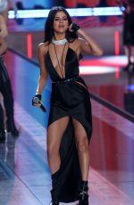 SELENA GOMEZ at Victoria's Secret 2015 Fashion Show in New York 11/10/2015