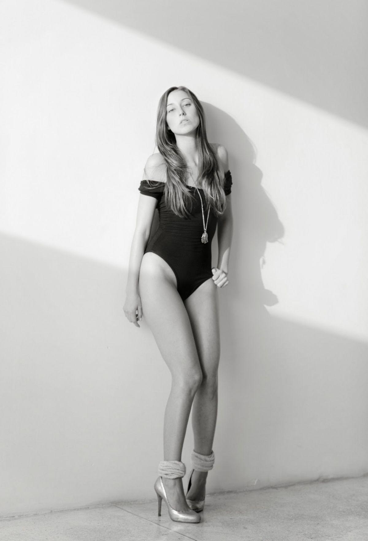 Sofia Sisniega Nude Photos 71