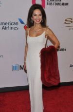 SUSAN LUCCI at Elton John Aids Foundation's 14th Annual An Enduring Vision Benefit in New York 11/02/2015