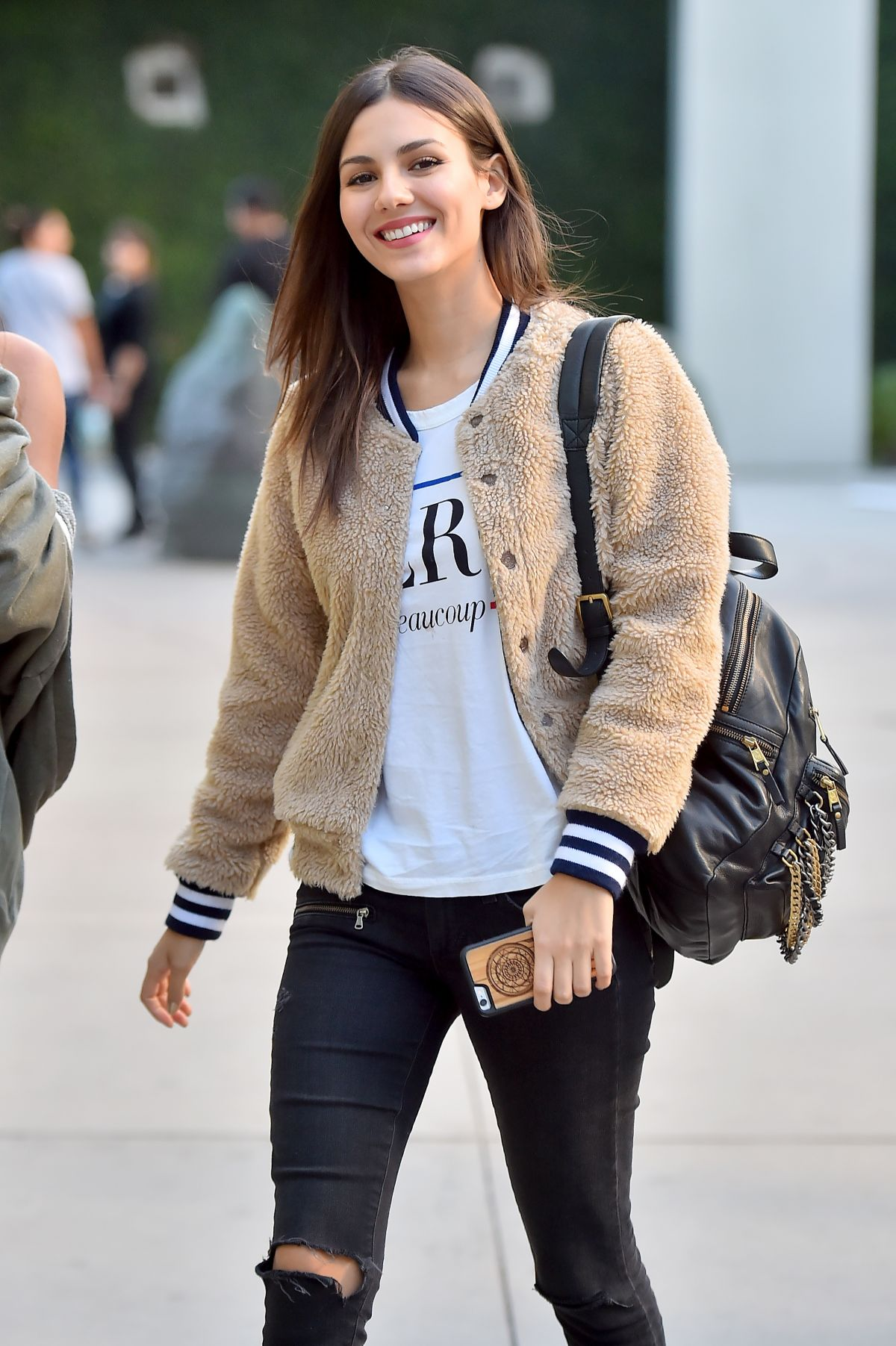VICTORIA JUSTICE Heading to The Arclight 11/27/2015