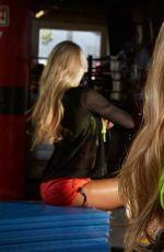 WWE - Divas Fight Club