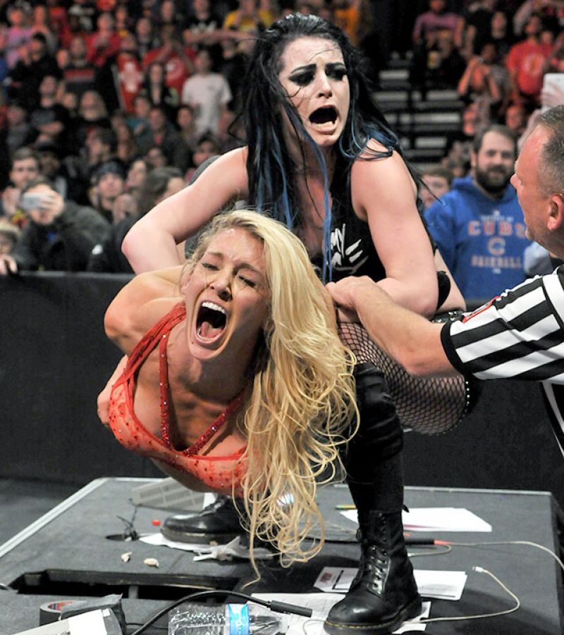 WWE - Raw Digitals 11/23/2015