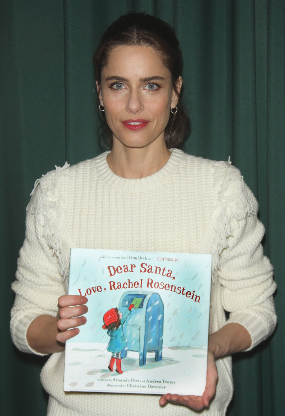 AMANDA PEET at Dear Santa, Love, Rachel Rosenstein Book Signing at Barnes & Noble in New York 12/04/2015