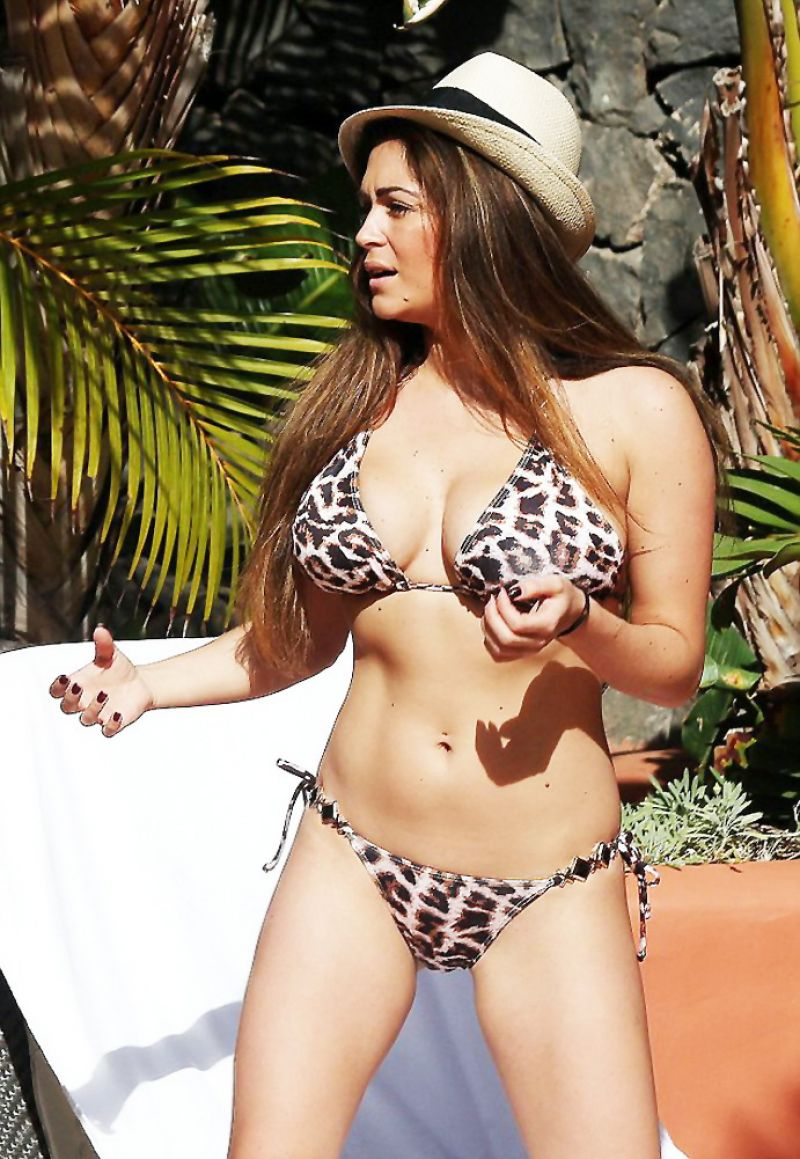 Casey Batchelor in a Bikini on the pool in Lanzarote Pic 28 of 35