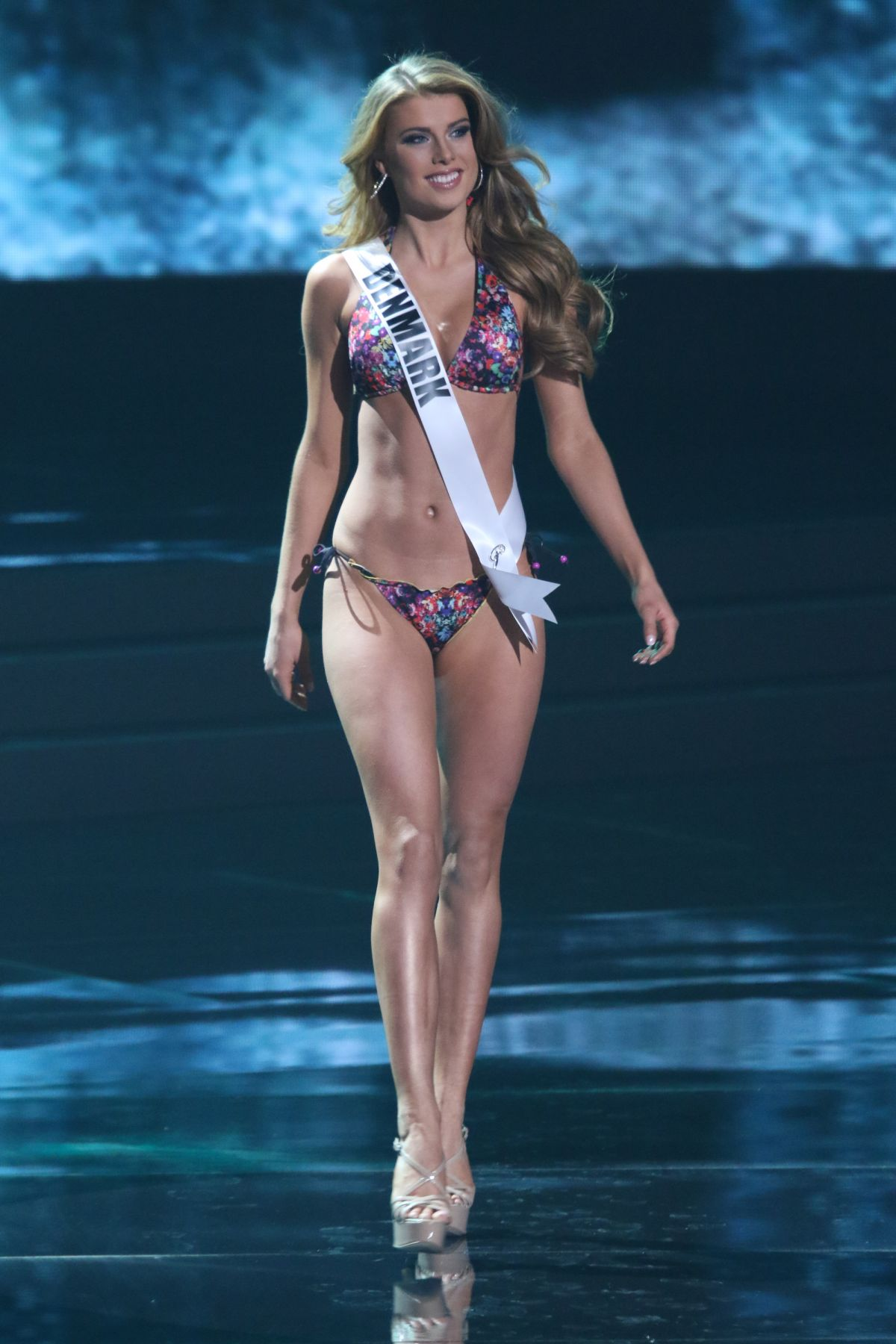 CECILIA WELLEMBERG - Miss Universe 2015 Preliminary Round 12/16/2015