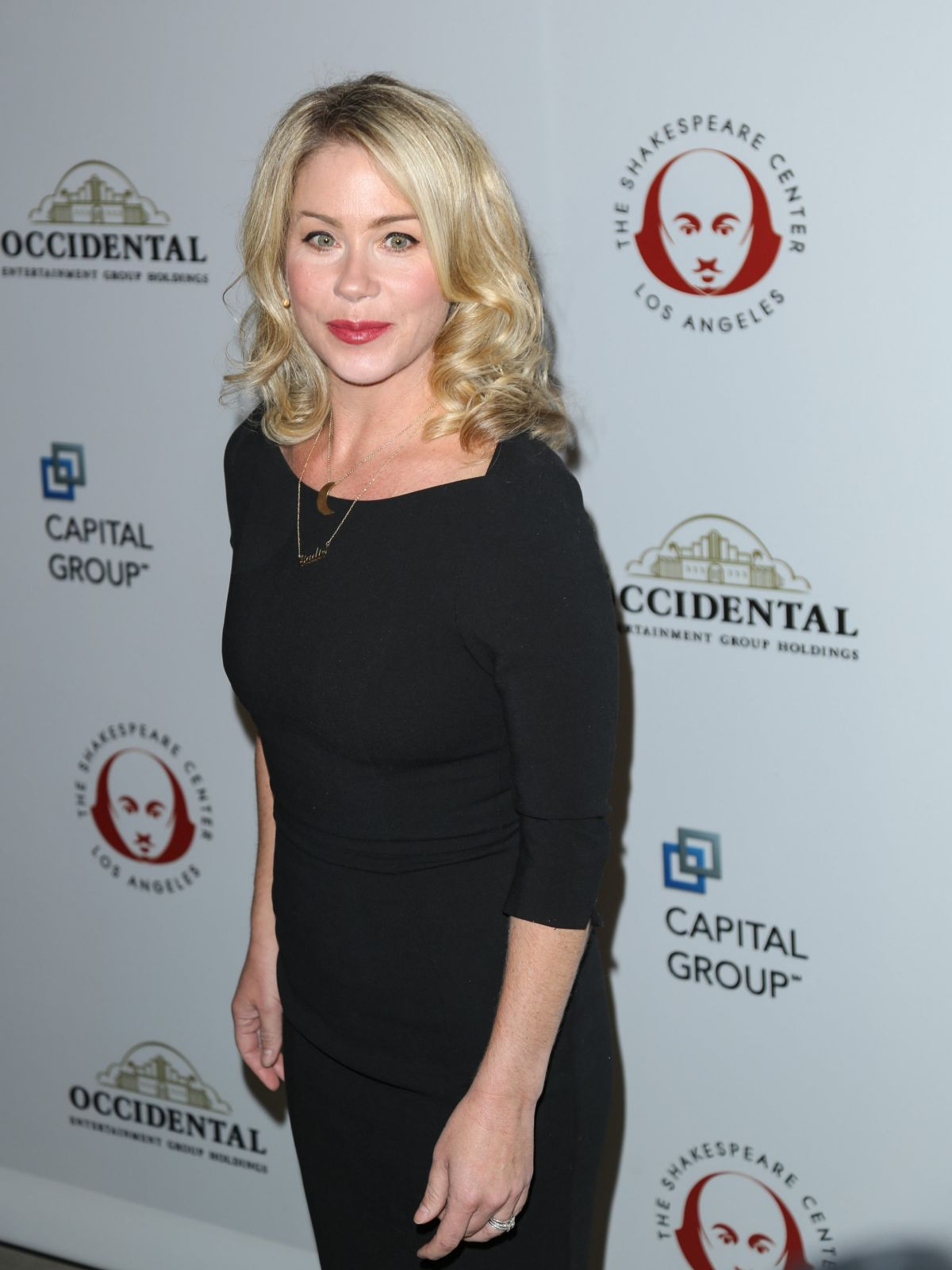 CHRISTINA APPLEGATE at 25th Annual Simply Shakespeare Benefit in Los Angeles 12/08/2015