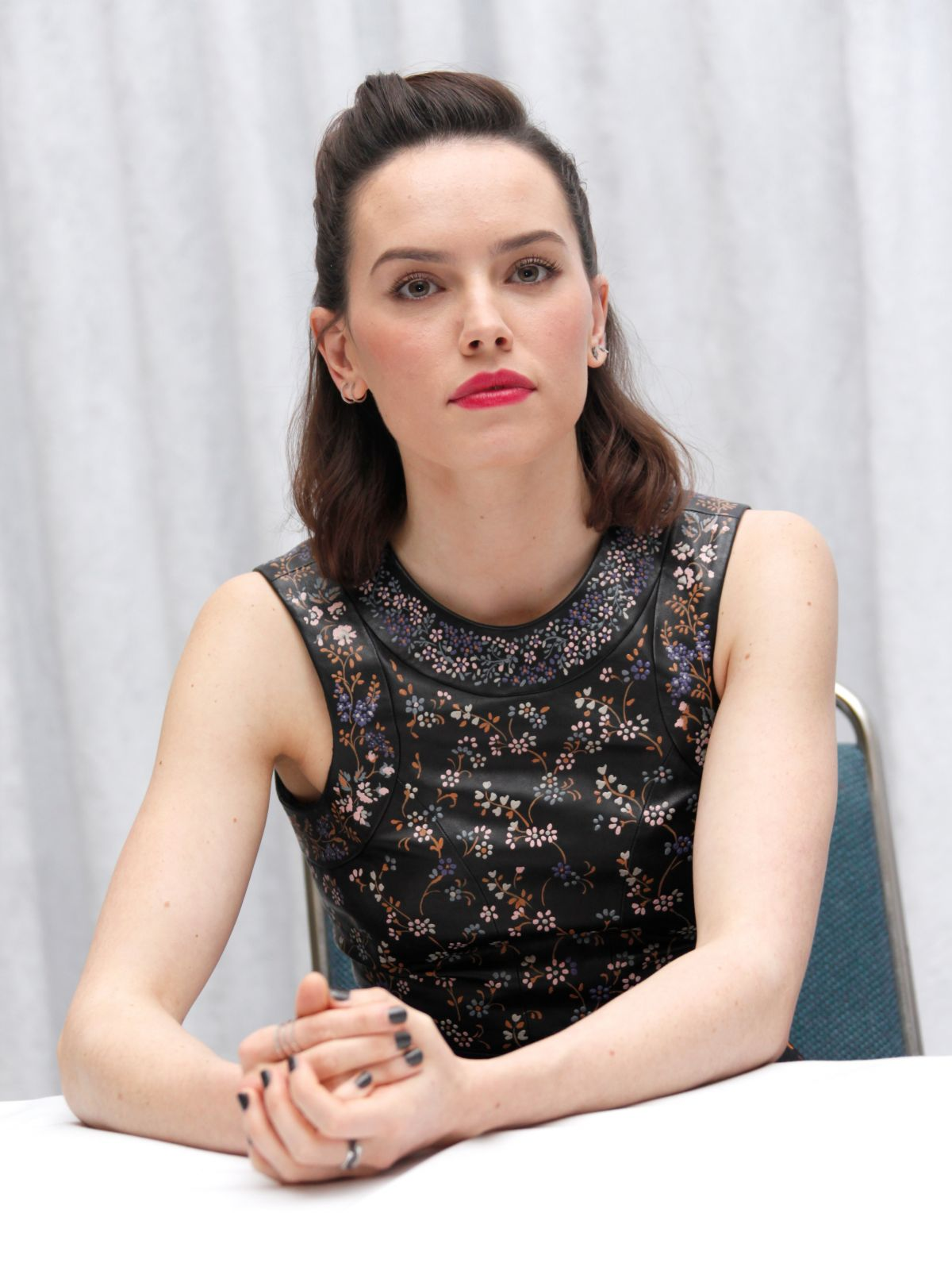 DAISY RIDLEY at Star Wars: The Force Awakens Press Conference in Los Angeles 12/04/2015