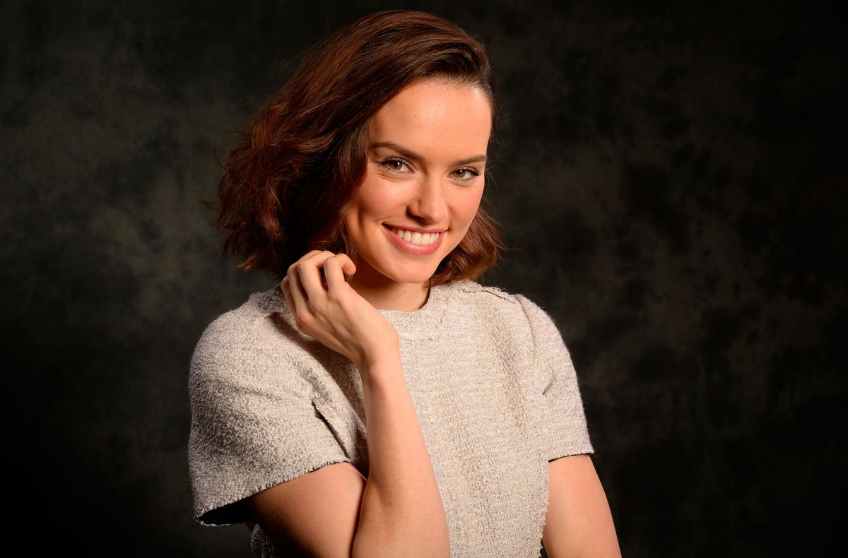 DAISY RIDLEY in USA To...