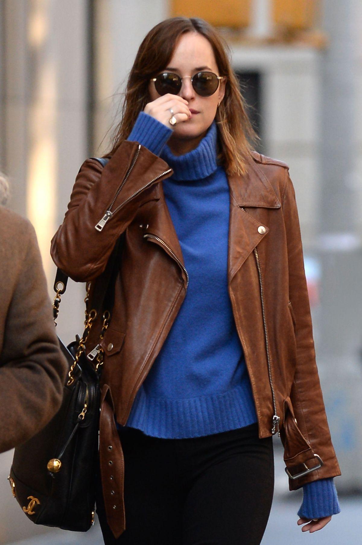 dakota johnson leaves her apartment in new york 12052015 - Brown Apartment 2015