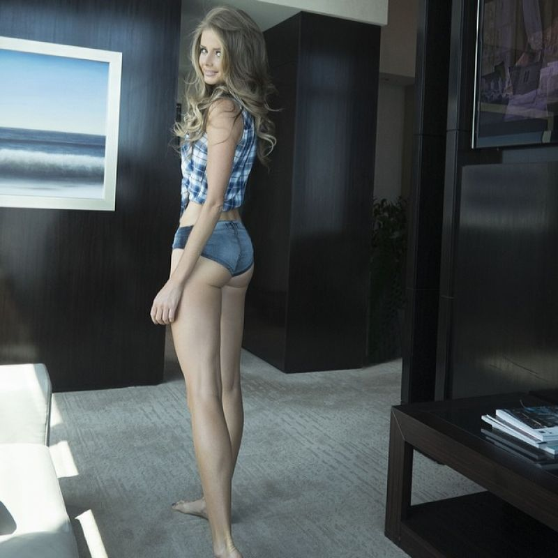 даниэла хантухова фото голая