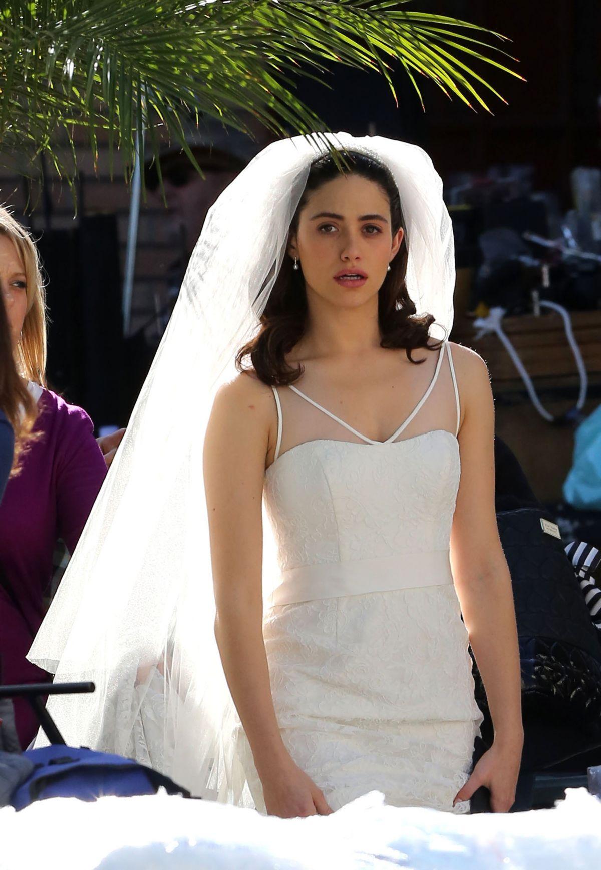Emmy Rossum Wedding.Emmy Rossum In Wedding Dress On The Set Of Shameless In Los Angeles