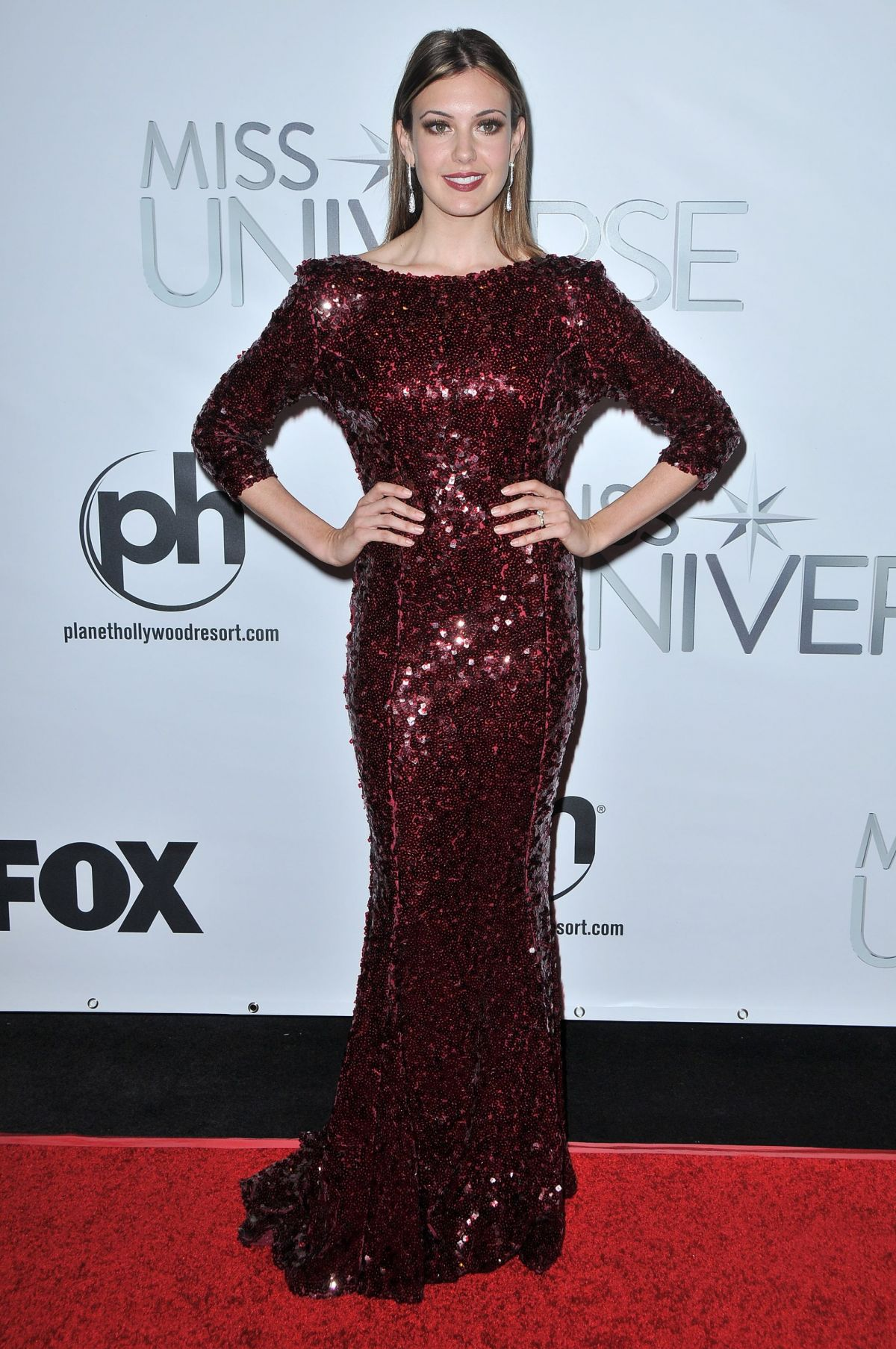 ERIN BRADY at 2015 Miss Universe Pageant in Las Vegas 12/20/15