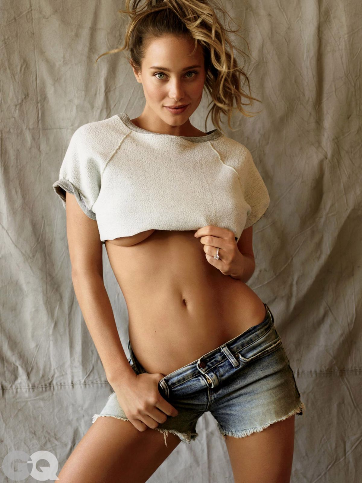 HANNAH DAVIS by Peggy Sirota Photoshoot for gq.com