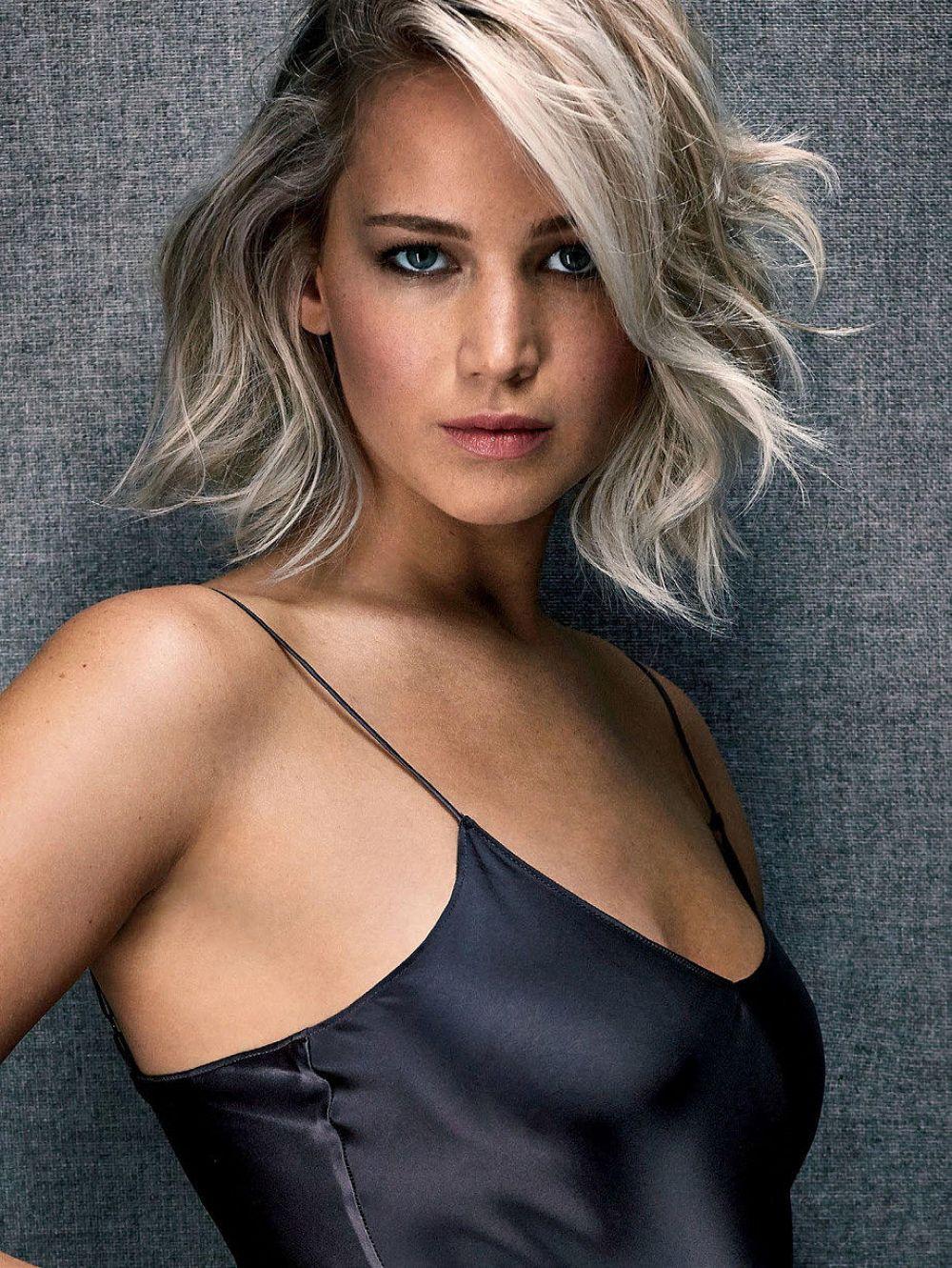 Jennifer Lawrence For Entertainment Weekly Magazine