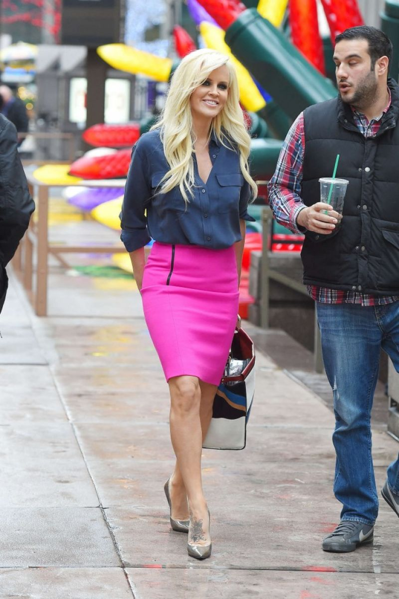 Jenny Mccarthy Leaves Siriusxm Radio In New York Hawtcelebs
