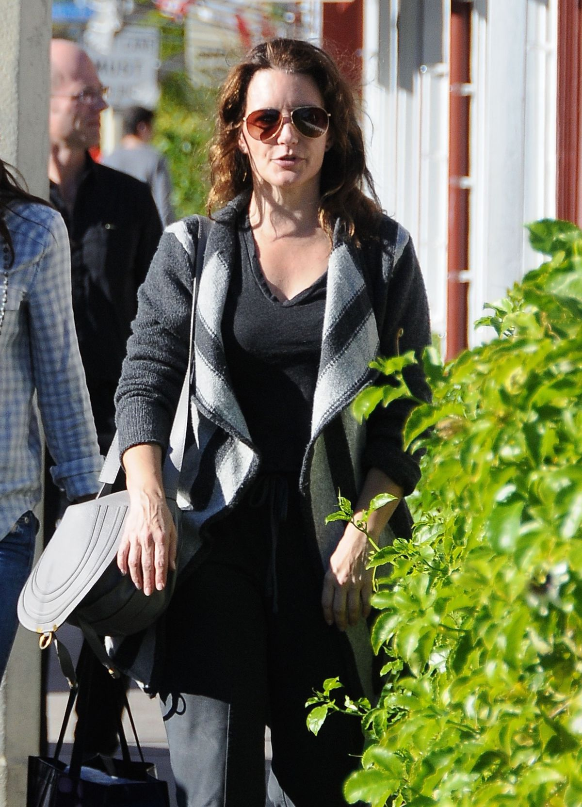 KRISTIN DAVIS Out and About in Brentwood 12/12/2015