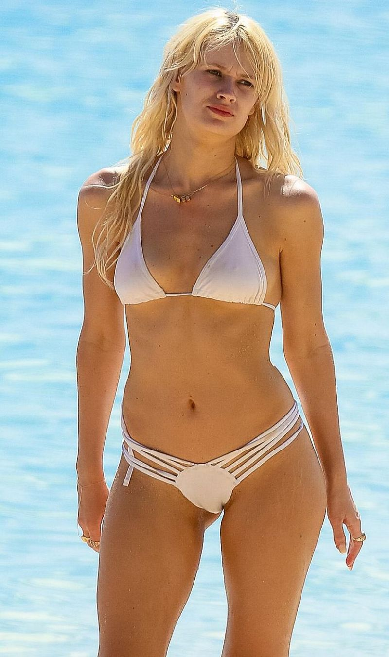 LAUREN BENNETT in Bikini at a Beach in Hawaii 12/31/2015