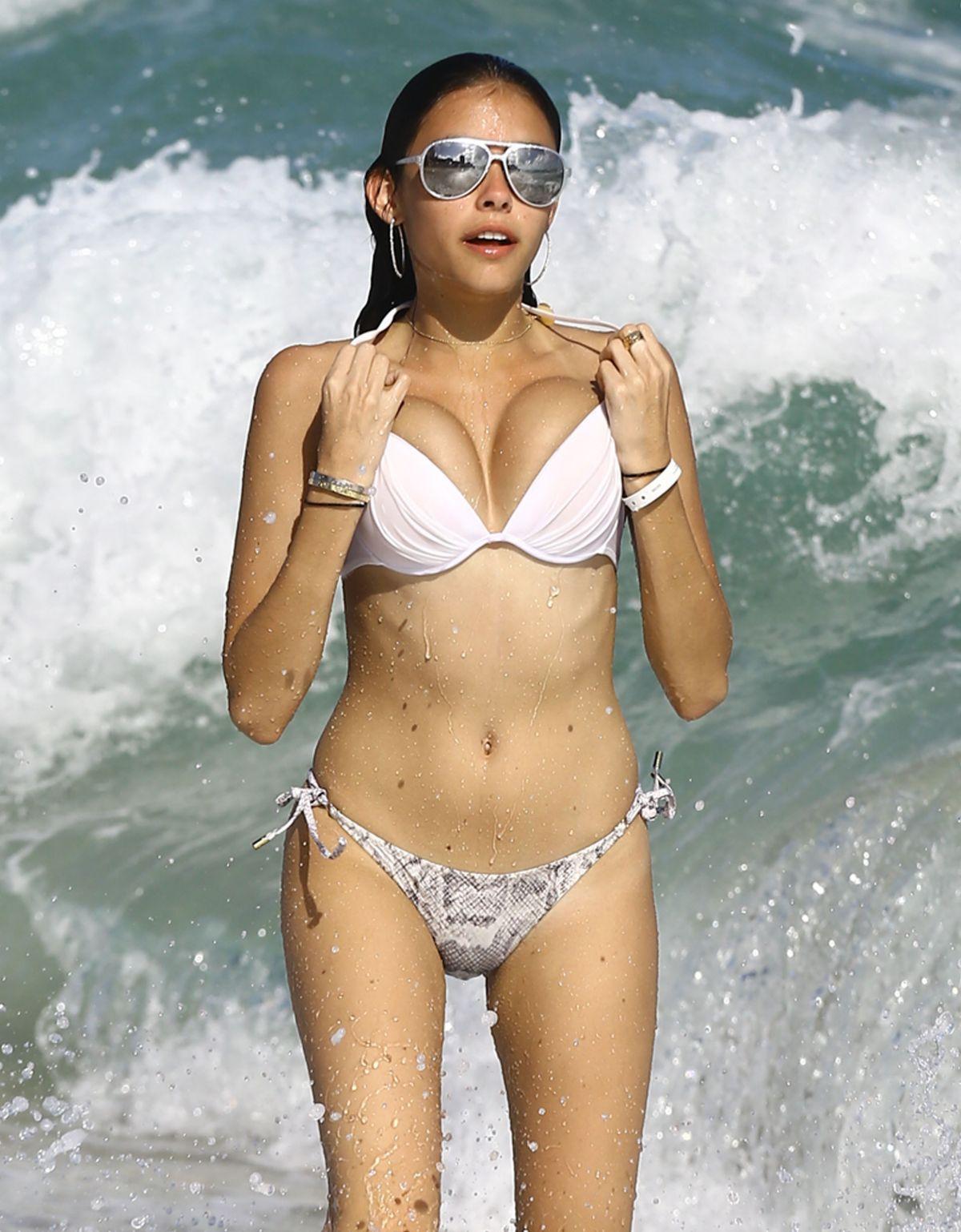 Stuff In Bikini Teen 33
