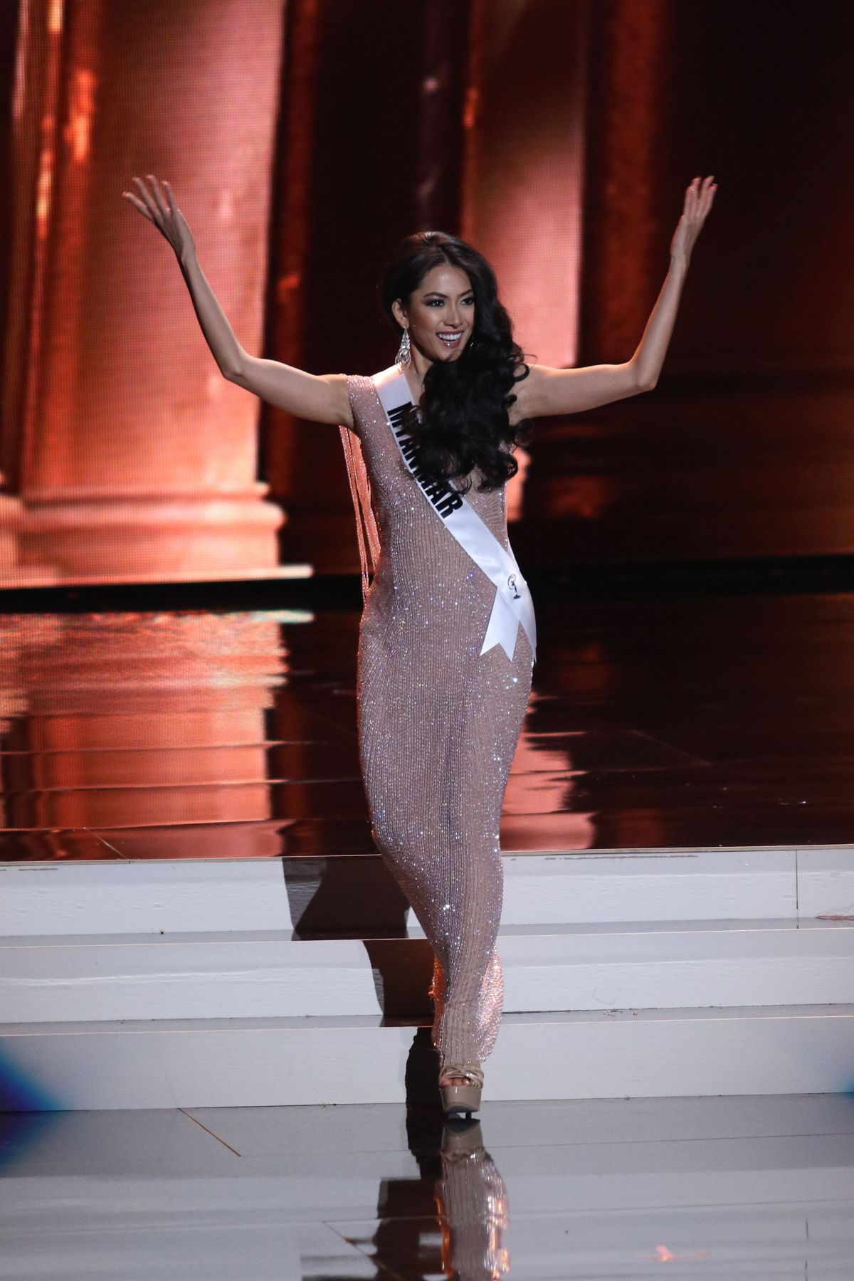 MAY THAW - Miss Universe 2015 Preliminary Round 12/16/2015
