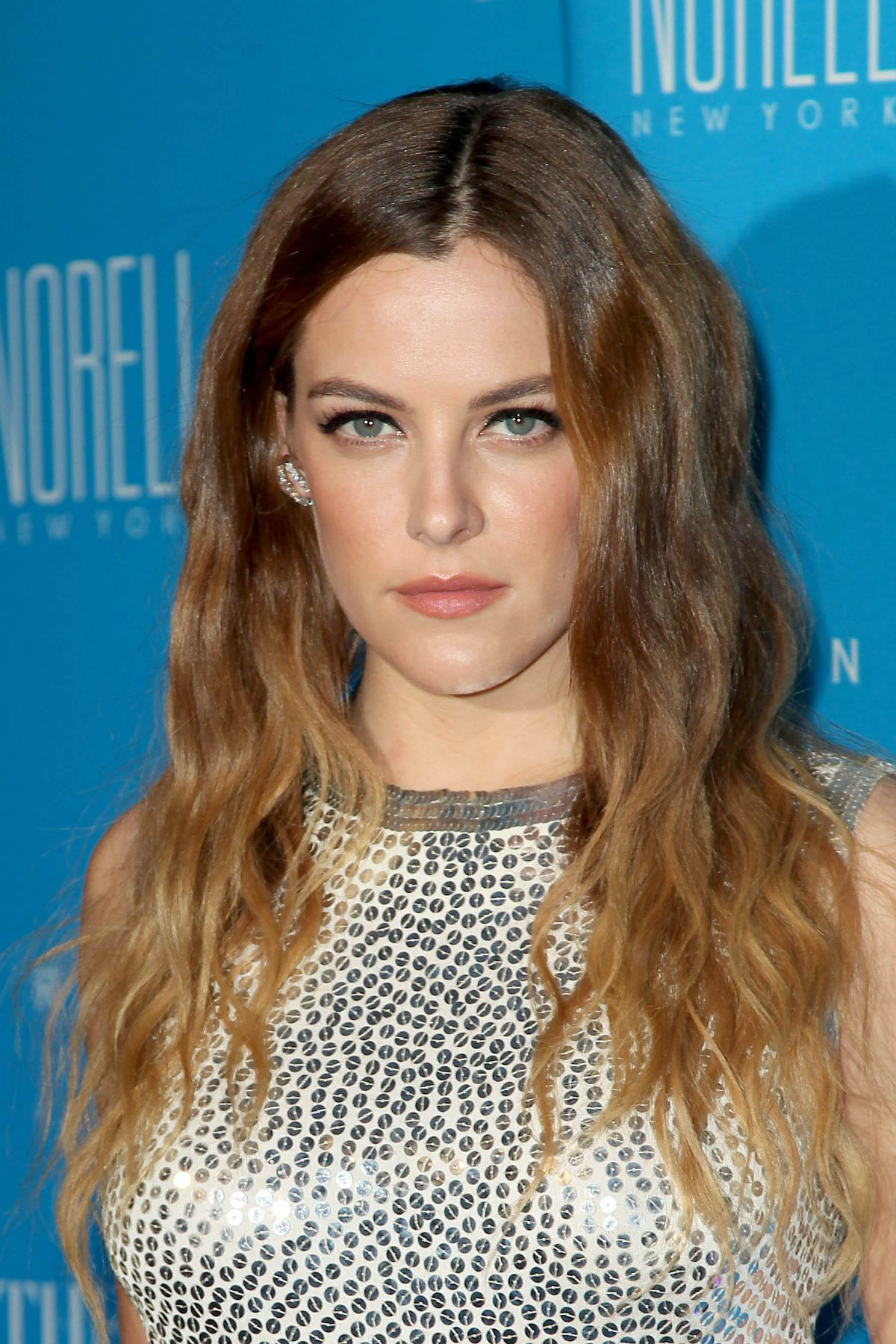 Riley Keough Archives - HawtCelebs - HawtCelebs